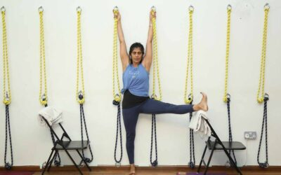 Challenge & Support – The Art of Working with Yoga Props
